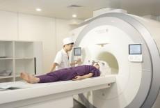 KHI NÀO CHỤP CỘNG HƯỞNG TỪ (MRI) KHỚP GỐI